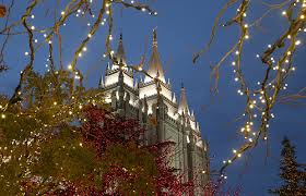 temple square lights 2017 schedule christmas lights on temple square welcome visitors from near and far