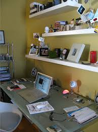 Office Furniture Decorating Ideas Office Table Decoration Ideas 2 From Foter Perfect Table Decorations