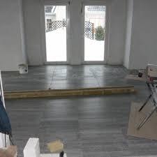 Wohnzimmer Fliesen Gemütliche Innenarchitektur Wohnzimmer Graue Fliesen Wohnzimmer