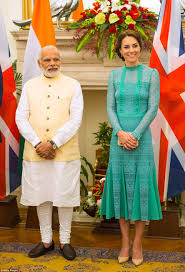 kate middleton draws a picture of anmer hall for children in dehli