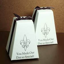 wedding favors personalized personalized pedestal wedding favor box favor boxes favor