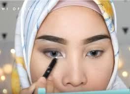 tutorial make up natural untuk kulit coklat tutorial makeup natural untuk til cantik saat lebaran dream co id
