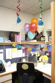 Home Decoration For Birthday by Cheerful Office Cubicle Decor Dissolving Your Boredom Ruchi Designs