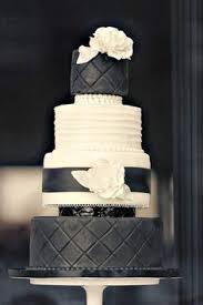 wedding cake mariage mariage vintage pastel pale et bleu marine blanc wedding