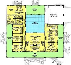 small house plans with courtyards house plans with courtyards u shaped house plans with central