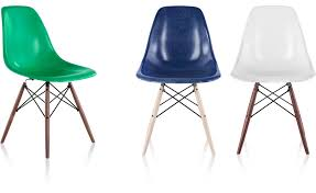 Eames Fiberglass Armchair Beautiful Eames Molded Fiberglass Chair In Interior Design For