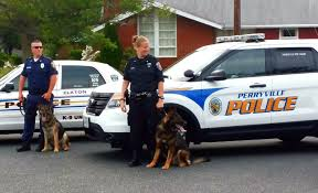 perryville maryland and elkton maryland police officers with