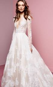 designer wedding dress new york nyc trunk shows wedding dress sle here comes the guide
