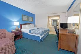 bedroom furniture st louis mo 28 images bedroom days inn by wyndham st louis lindbergh boulevard 2018 room prices
