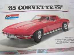 vintage corvette stingray lot vintage monogram 1 8 scale 65 corvette stingray model kit