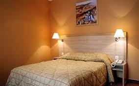 les types de chambres dans un hotel chambres d hôtel 12ème chambres grand hôtel doré