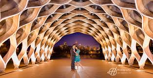 engagement photo shoot downtown chicago h photography chicago