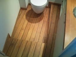 parquet pont de bateau parquet type pont de bateau habillage de baignoire lemoine