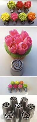 flower decorating tips how to pipe buttercream tulip flowers decorate your cake and