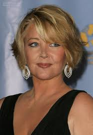 melody thomas scott wearing her hair short with layers cc