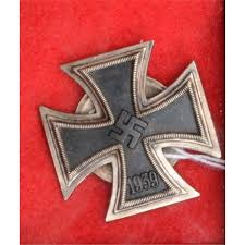 german iron cross class back dated 1939 back of medal