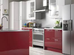cuisine et couleurs cuisine de couleur finest couleur aubergine et quoi luassocier dans