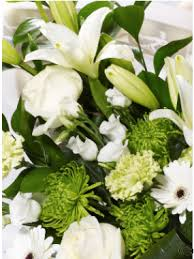sending flowers internationally send flowers abroad order flowers abroad flower delivery