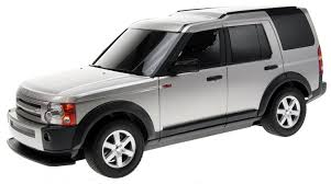 land rover discovery black rastar 1 14 scale landrover discovery 3 black silver amazon co