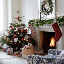 three easy ways to decorate your home this holiday season