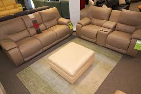 Reclinable Sofa The Norwood Power Reclining Sofa And Console By Palliser
