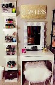 Organizing Makeup Vanity Best 25 Small Makeup Vanities Ideas On Pinterest Diy Vanity