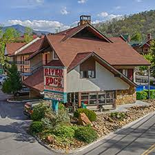 gatlinburg vacations river edge motor lodge vacation deals