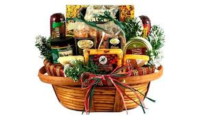 cheap baskets for gifts top 5 christmas gift baskets to buy online heavy