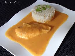 cuisiner filet de poulet filet de poulet poché à la purée de potiron et carottes au four