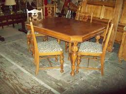 antique dining room table chairs dining table chairs amazingfindsredding