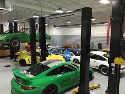 automotive technicians shortage building despite paying up to 100