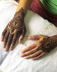 2750 best mehndi images on pinterest drawing feminine tattoos