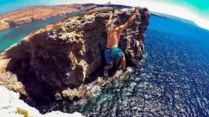 blue window collapsed cliff jumping azure window malta 2016