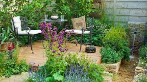 How To Create A Beautiful Backyard How To Prepare U0026 Plant A Garden Scotts Australia