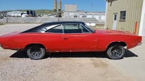 how to build a dodge charger bangshift com theoretical build this 1969 dodge charger looks