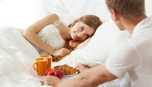 how to make a girl feel good in bed 14 small ways to make your girl feel special and loved