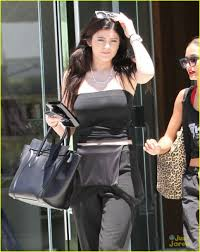 kylie jenner new black nails photo 577679 photo gallery