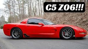 2002 zo6 corvette 2002 c5 corvette z06 on a cold canadian fall day