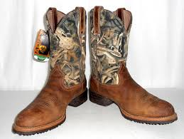 womens brown cowboy boots size 9 ariat camouflage cowboy boots mens size 9 d womens 10 5 deer