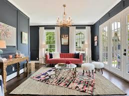 Rug Trim High Ceiling Curved Sofa Double Height Columns étagère Art Gray