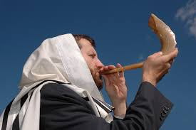 rams horn trumpet 10 reasons to listen to shofar on rosh hashana united with israel