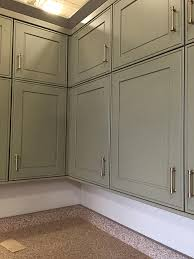 kraftmaid shaker style kitchen cabinets the kitchen choosing cabinets and countertops the makerista
