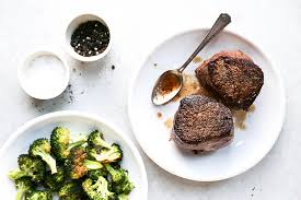 cuisine filet mignon how to cook the filet mignon floating kitchen