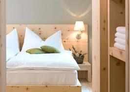 appliques chambre à coucher applique de chambre aclairage chambre a coucher idaces sur le type