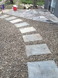 Irregular Stone Patio Simple Yet Refined Pathway Steppers Set In A Decorative 3 4