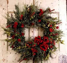 christmas wreath decorating ideas fresh cut wreaths ordments