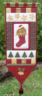 free holiday quilt patterns holiday wall hanging patterns