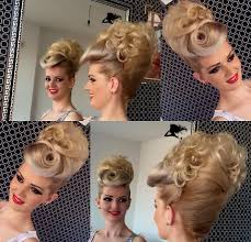 Frisur Lange Haare Nat Lich by Pin Zsófia Pink Auf Beautiful Hair And Up 3