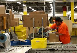 amazon now hiring 1 000 workers for new fulfillment center in