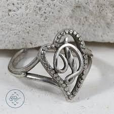 sterling silver pebbled letter d initial heart 2 9g ring 6 5